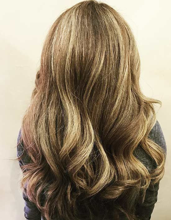 10. Caramel Highlights auf Hellblond