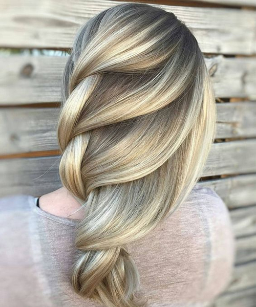 "Amazing Balayage zu Blonde Loose Braids für langes Haar, um einen Alluring Look zu bekommen ""align="" center ""title="" Amazing Balayage zu Blonde Loose Braids für langes Haar, um ein Alluring zu bekommen Look This Summer"