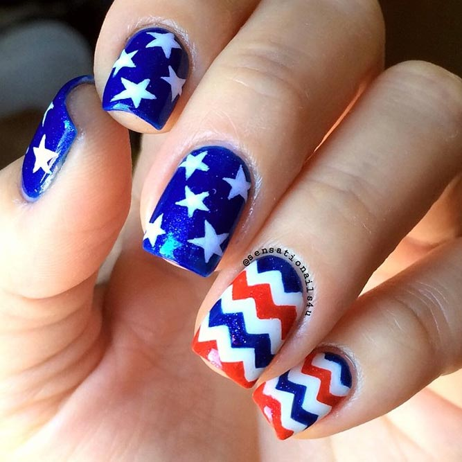 Memorial Day Nail Designs mit Chevron Accents Bild 1