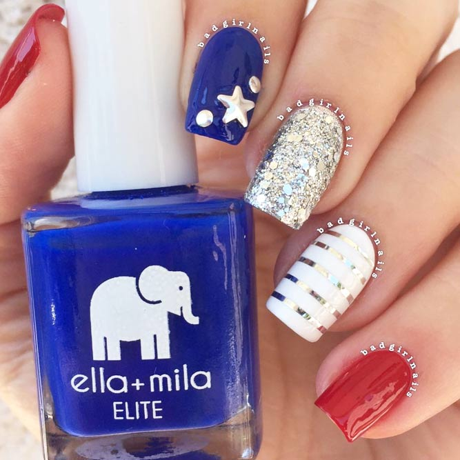 Cute Patriotic Nail Art With Metallic Shinebild 2