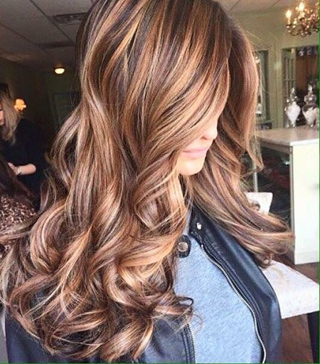 Highlights Karamellbraun Medium Balayage