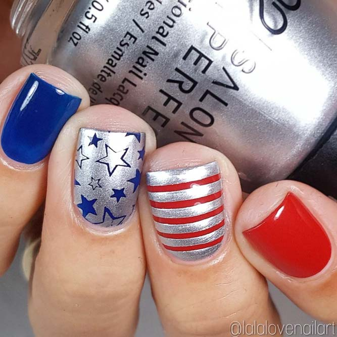 Cute Patriotic Nail Art mit Metallic Shin Bild 3