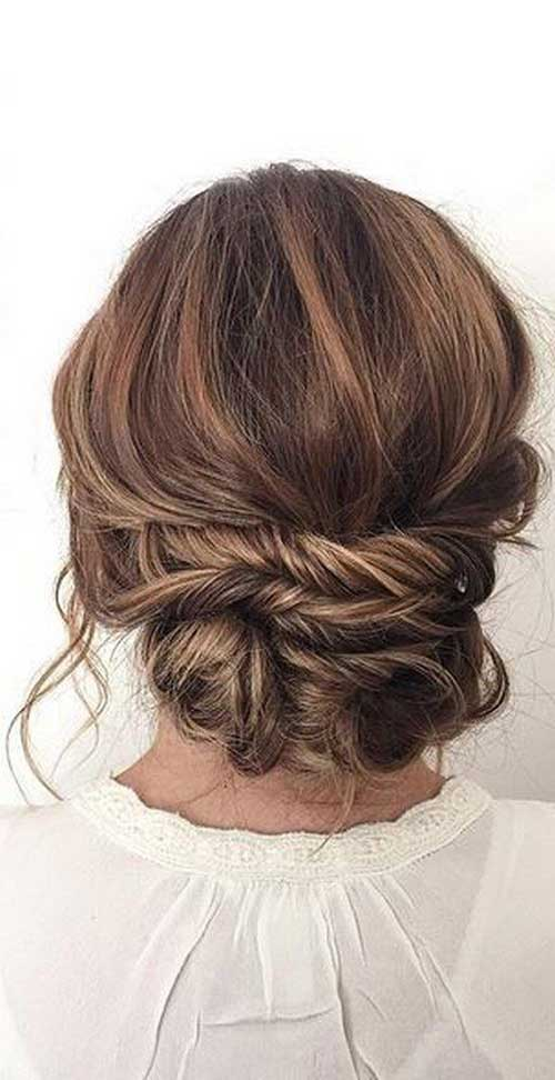 Messy Low Bun Frisuren-13 </h2> <p><img class=