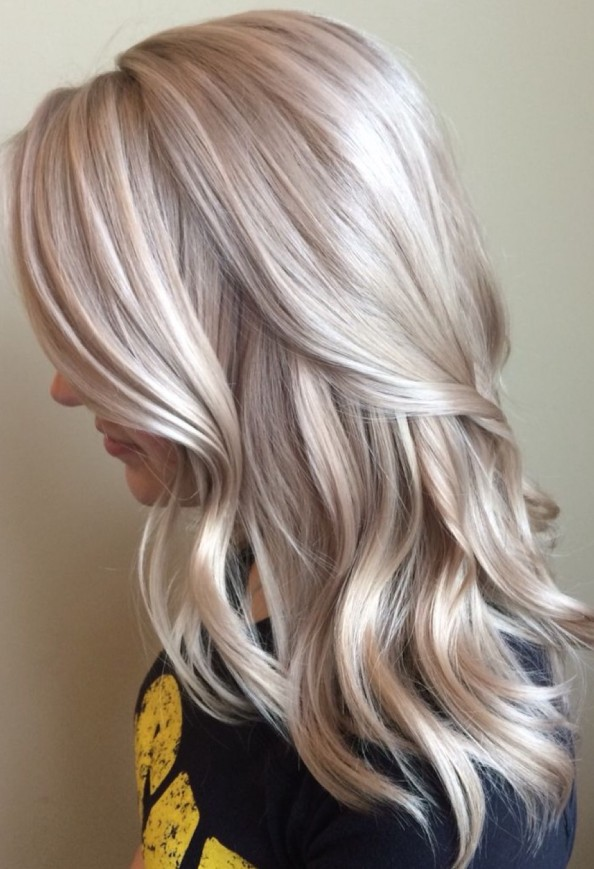 Silky Waves und Golden Blonde [19659041] High Fashion Pure White Blonde