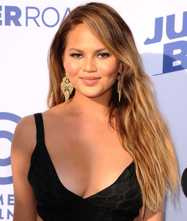 Chrissy Teigen Balayage Haarfarbe Trends 2017 Herbst-Winter 2018