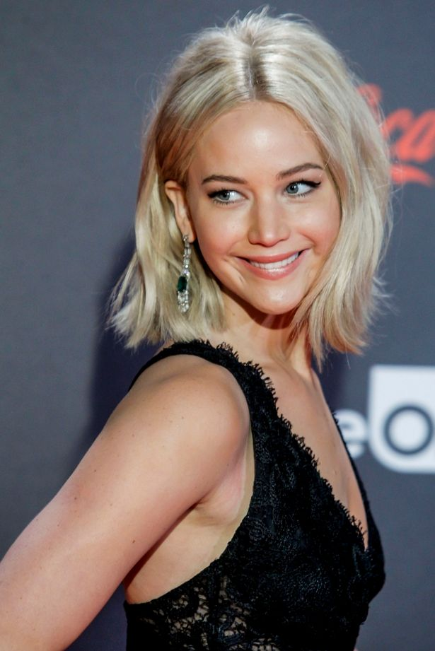 Jennifer Lawrence cremige blonde Haarfarbe Trends 2017 Herbst-Winter 2018