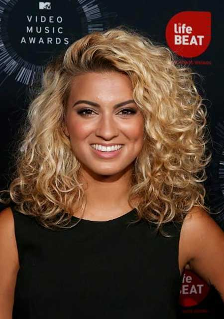 Permed Frisuren niedliche Frisuren, lockige Frisuren, Tori Kelly