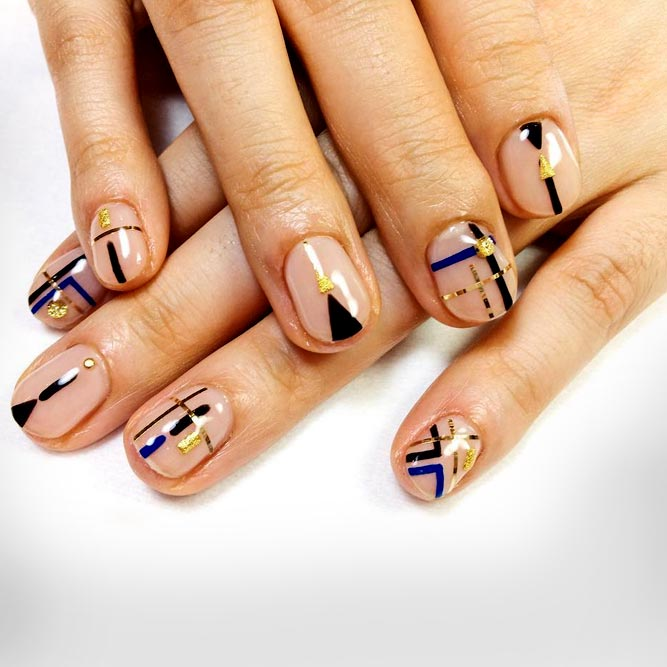 Unreal Nail Design mit negativem Raum #jewelrynails #stripingnails #geometricnails