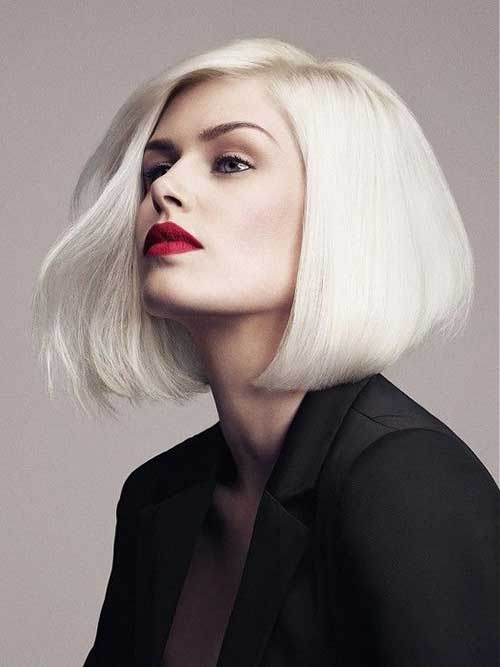 Platinum Blonde Angular Bob Frisur