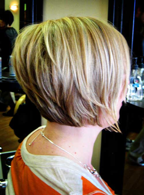 Layered stacked Bob Blonde Frisuren