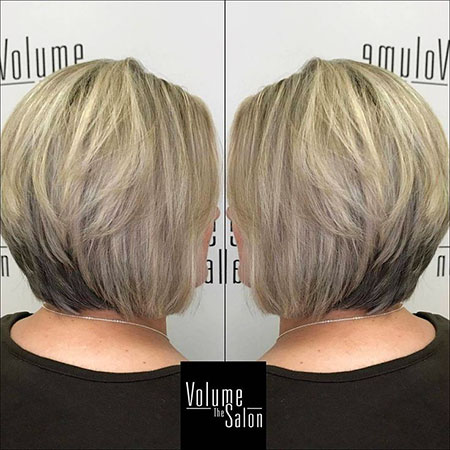 Bob Stacked Blonde Haarschnitte