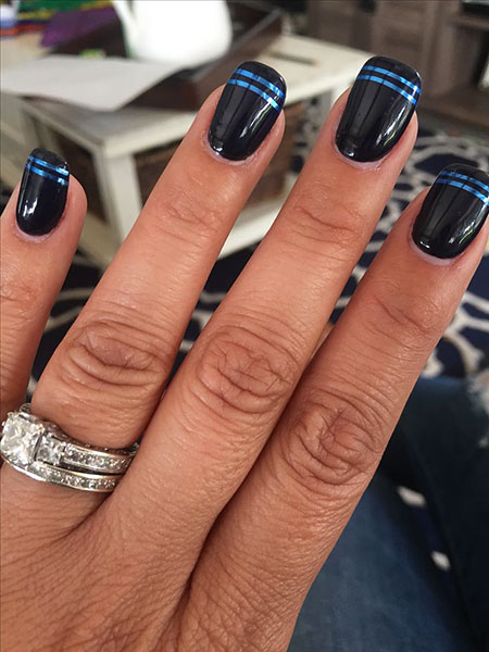 Nagel Thin Blue Nails