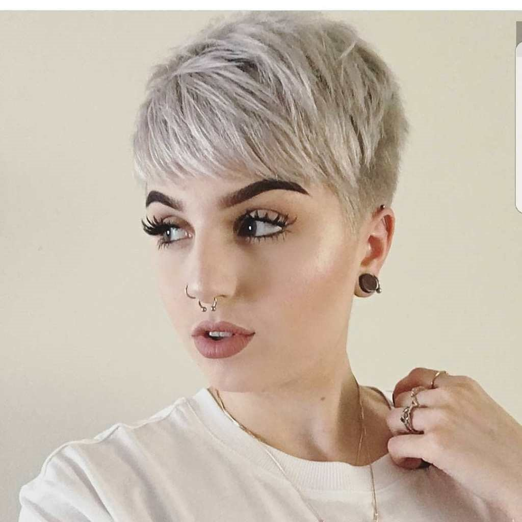Kurzhaarfrisuren locken 2019 frauen