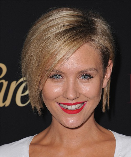 Nicky-Whelan-Medium-Straight-Bob-Frisur