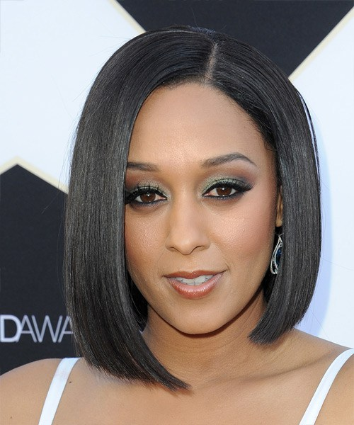 tia-mowry-medium-straight-bob-frisur