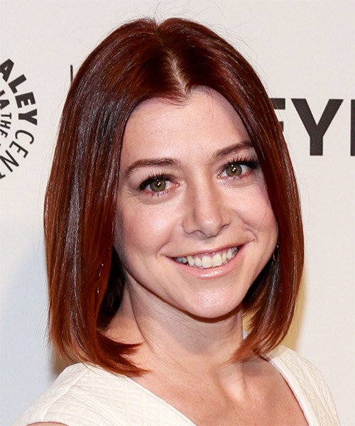 alyson-hannigan-medium-straight-bob-frisur