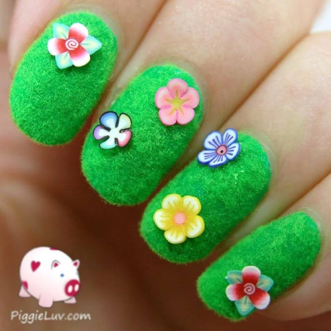 Floral Manicure With Flocking Powder