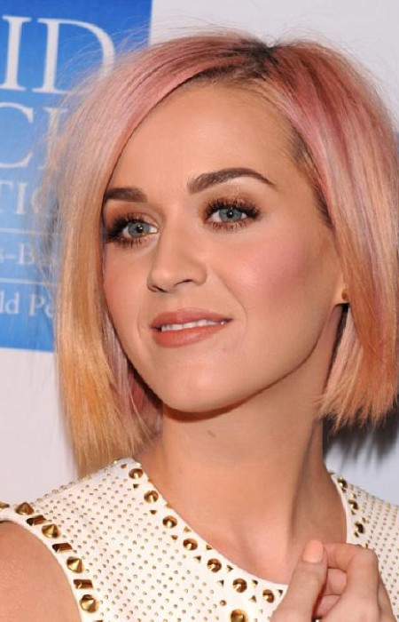 Katy Perry Peachy Pink Haarfarbe